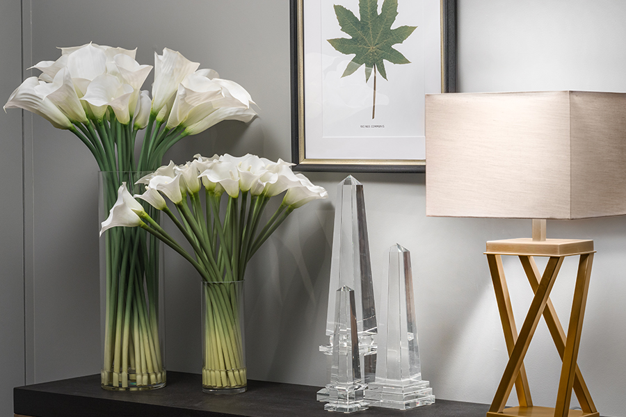 Ventura Design faux flowers